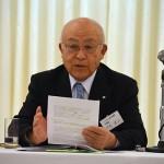 5月25日、全教協理事会にて、自民党に提出した要望書を説明する中尾理事長